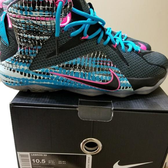 094bc05ad15 Nike LeBron 12. M 5aa2084e9d20f0d70485690a